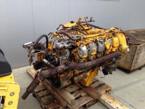 motor v10 mercedes slika 42183365 300x225 Prodaja dijelova