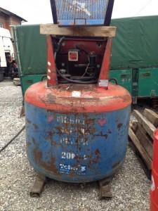 pumpna stanica naftu diesel tehnix 2.000 lit slika 35435624 225x300 Prodaja dijelova